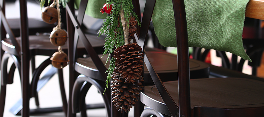 rustic christmas pinecone diy decoration idea