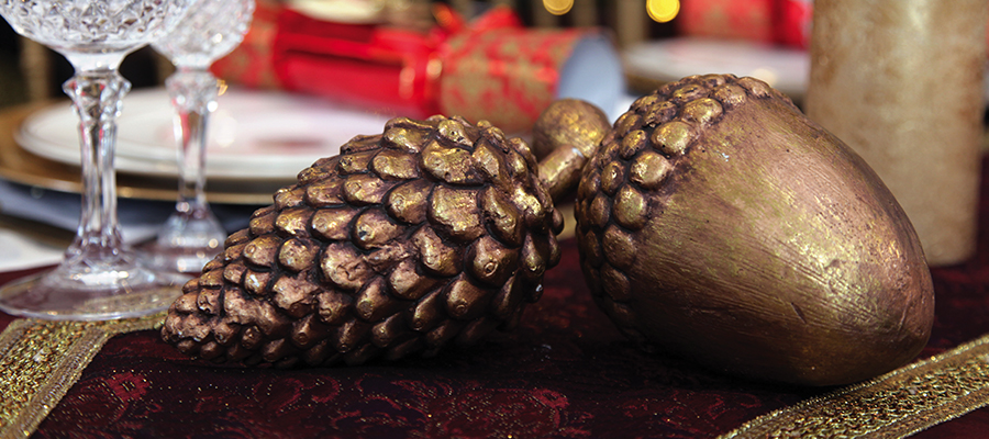 christmas royale acorn and pinecone